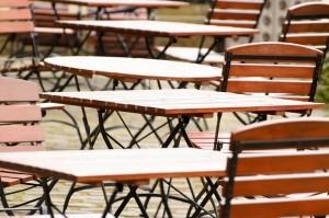 fällbara-bord-utomhus
